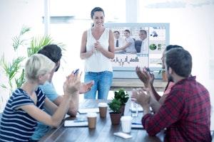 ミーティングの調整と実施を円滑化するコミュニケーションのコツ