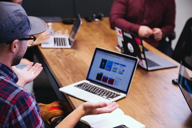 リモートワークに求められるチームコラボレーションと業務を効率化させるツールの活用